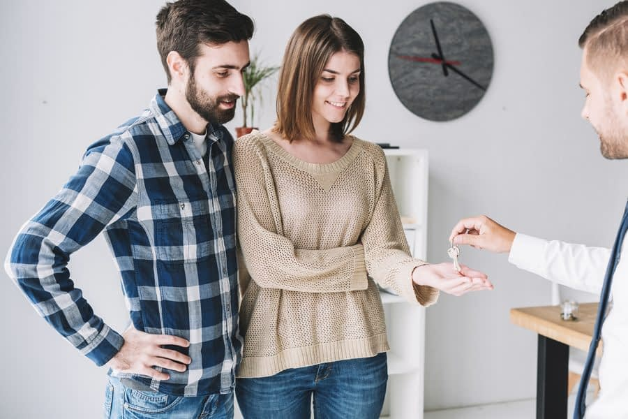 por que debo buscar ayuda para comprar casa en houston 900x600